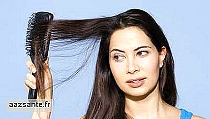 Learn to brush your hair and avoid brittle hair