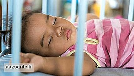 Baby sleep: why put the crib in the parents' room?