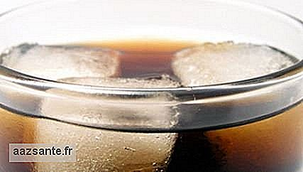 Soft drinks: a problem for the teeth